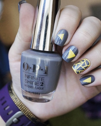Beautiful Gray Nails with Yellow Cute Nail Art for Winters