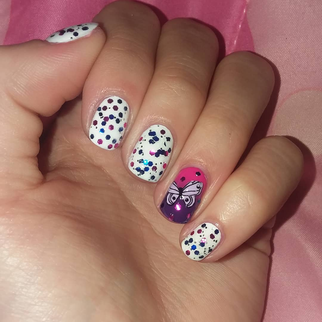 Butterfly Design Cute White Polka Dotted Nails