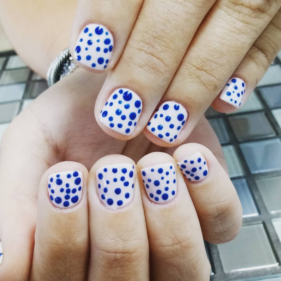 Polka Dotted Design Cute White Short Nails