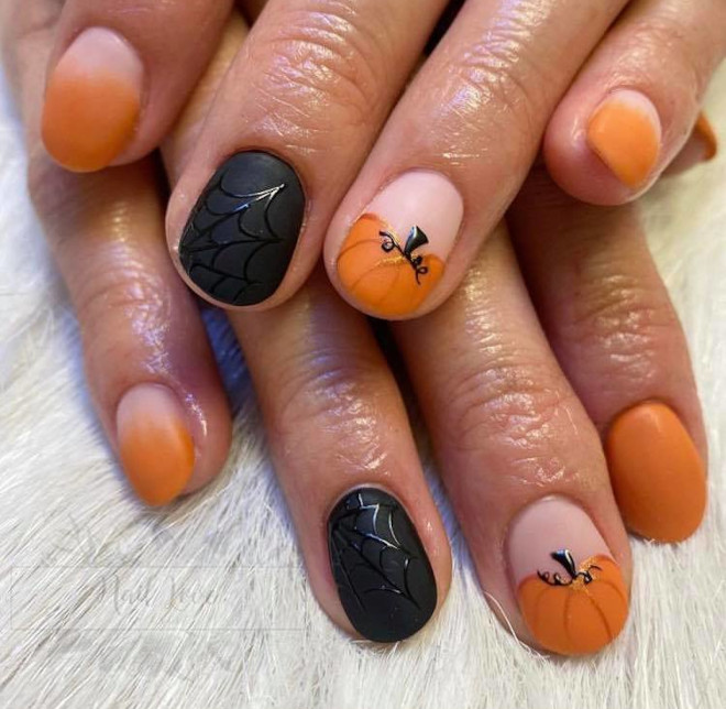 spook-tacular halloween nail designs